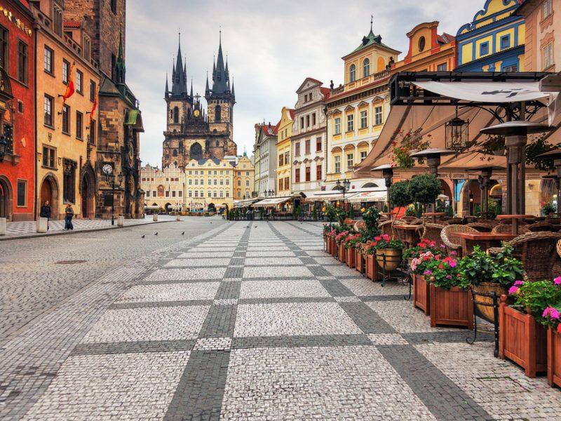 Пешеходная улица в Праге